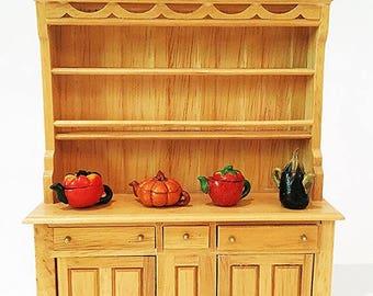 Miniature Oak Country Kitchen Hutch / Miniature Kitchen / Miniature  Cupboard / Dollhouse Kitchen / Dollhouse