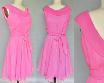 bubblegum / 1960s pink chiffon cocktail dress / 8 10 12 medium