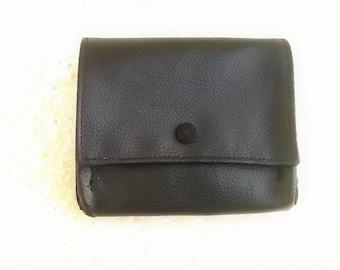 Gusset, and black cotton leatherette Pocket wallet black
