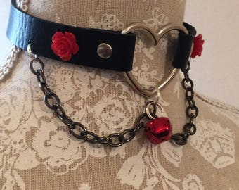 Dark Hearted Collar