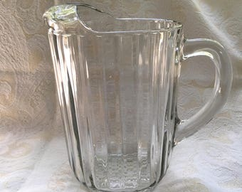 """Vintage Jeanette """"National Clear"""" Glass Pitcher with Ice Lip - Excellent Condition"""