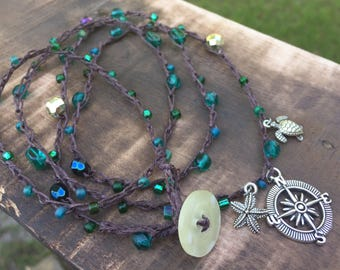 Emerald green beaded charm bracelet