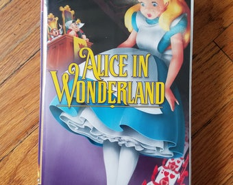Alice in wonderland.VHS.Disney