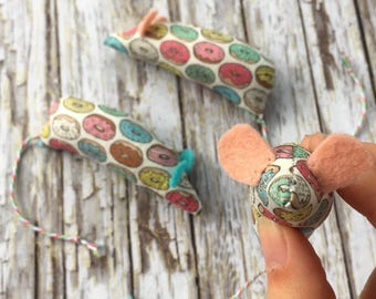 Adorable Donut Print Kawaii Catnip Mice Toy for Cats and Kittens
