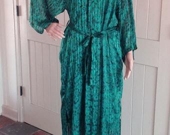 Vintage Saks Fifth Avenue 100% Silk Robe in Green-Blue Color.