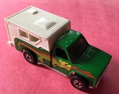 1977 Hot Wheels Backyard Bomb Green Dragon Tampo die cast car