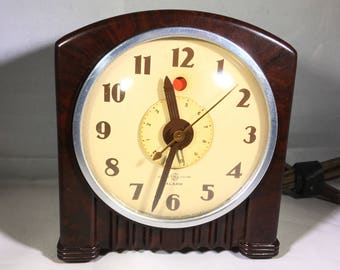 "General Electric Alarm Clock ""Chantilly"" Model 7H154"