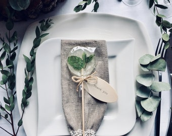 25 personalized greenery wedding mint lollipops on wooden stick with cute juta twine bow, rustic table decor, green bohemian wedding favors