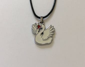 Children's swan necklace / swan jewellery / bird jewellery / animal jewellery / children's jewellery / children's gift