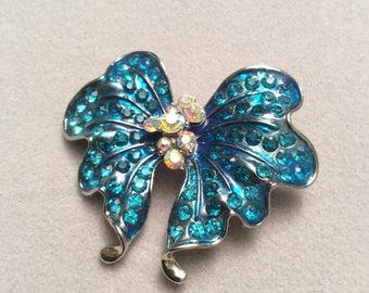 vintage style blue butterfly wing brooch