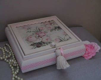 """Jewelry box with mirror shabby chic """"old roses"""" spirit"""