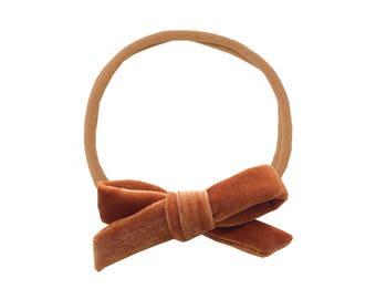 Schoolgirl Velvet Bow or Pigtail Set /// Toffee