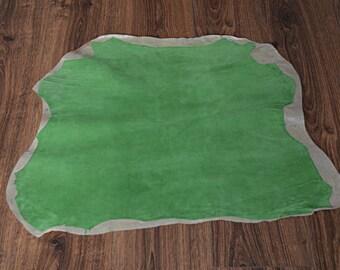 Light green lamb leather skin with velvet finish (9078319)