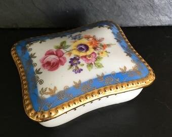 Dresden trinket box. Vintage candle. Soy wax tea light. Candle  trinket box. Porcelain trinket box. Vintage Dresden.
