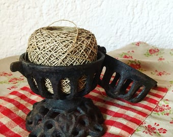 Butcher cast iron string dispenser. 1920's craft item. antique french.