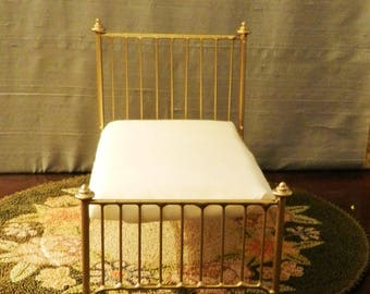 """NEW!! Our """"CHIC & CHEAP"""" line is now live! Artisan Made Dollhouse Miniature Wrought Iron Look Bed """"Olivia"""" 1:12 Scale Twin and Full"""