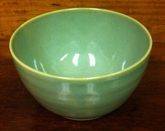 Soup / Salad / Cereal Bowl ~ Accent Bowl ~ Granny Smith Apple Green ~ Hand Thrown Pottery ~ Stoneware
