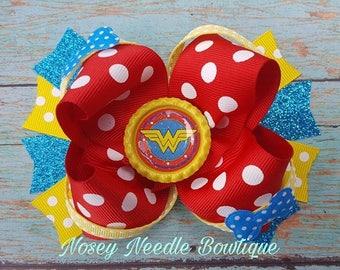 Wonder women hair bow, Wonder woman headband, Wonder women hair clip, Wonder women birthday outift, Wonder women accessories, Wonder woman