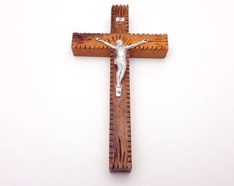 Vintage Small Wood and Metal Wall Cross and Crucifix Jesus on the Cross Gift for Christians Catholics First Communion Baptism Confirmation