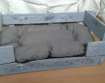 weathered pallet cat basket gunmetal grey