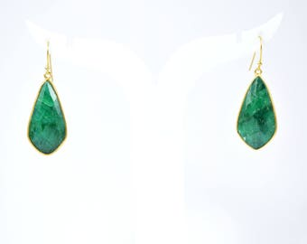 Emerald long kite shape earrings,gemstone earrings, diamond shape  emerald earrings,long earrings , birthstone for May, green color earring