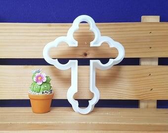 Crucifix 01  Cookie Cutter