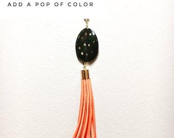 Extra long chain // Burnt orange tassel