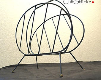 Vintage 60s magazine rack string