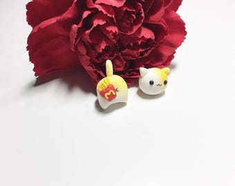 Polymerclay cat earrings with Frenchfries/ Donut / or Macaron