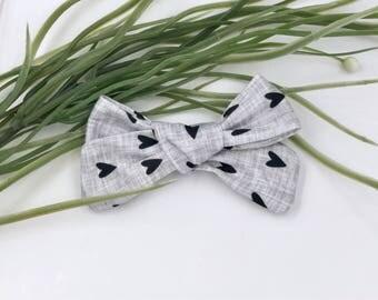 Baby Girl hand tied Bow - Nylon Headbands - Hair clip - Infant / Toddler /  Fabric Hair Bows / Clips - black / gray /hearts - dark love