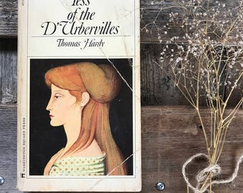 Vintage book Tess of D'Urbervilles by Thomas Hardy paperback with a fantastic cover image