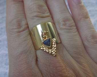 lapis lazuli and gold triangle ring