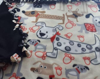 Absolutely adorable!!! Pet blanket.