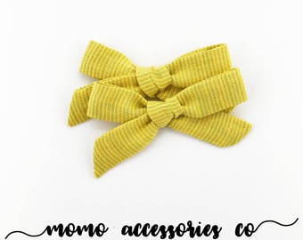 MaDeLeInE HaNd - TiEd BoWs PiGtAiLs/Linen Blue Stripes on Yellow