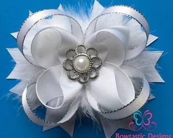 White Hair Bow, White Boutique Hair Bow, White Bow, White Hair Clip, Flower Girl Hair Accessories, Girls Bows