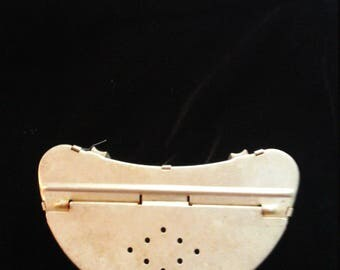 Vintage Aluminum Fishing Bait Box - Worm Box- for belt