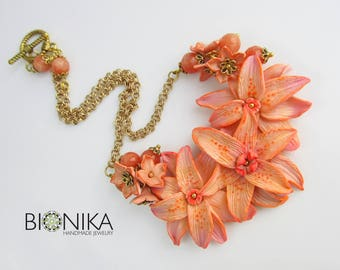 Necklace with flowers floral necklace Jewelry polymer clay Floral jewelry Bib-necklace flowers polymer clay orange flower Lily necklace buy