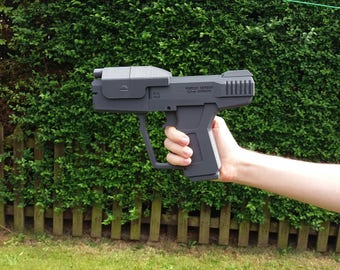Halo Pistol (FAN ART) 3D printed.