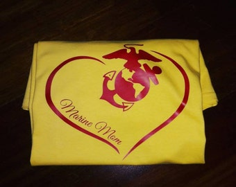Marine Mom heart Shirt