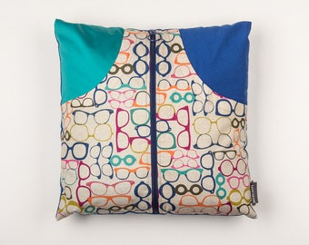Pillows with pockets for storing remote controls - multicolored glasses - cobalt blue plain back - colorful pillow pattern - made in Quebec