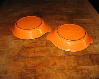 A Pair of Vintage French Cast Iron Le Creuset Gratin / Plat Oeuf Dishes ~ Orange and White ~ 1960,s