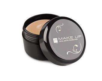 Total Matte Foundation Honey Cake
