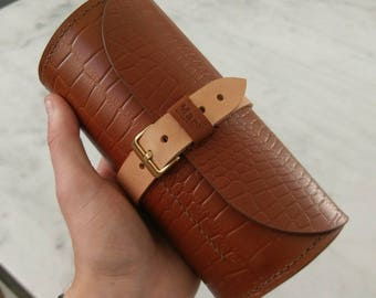Handmade alligator watchroll - whiskey tan
