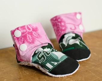 Fabric Baby Booties - Crib Shoes - Michigan State University