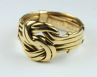 An Edwardian Birmingham 9ct Yellow Gold Love Knot Ring Size: 6 - M