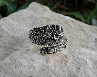 Spoon Ring, Solid Sterling Silver Spoon Ring with Flowers, Hippie Ring