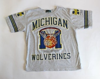 Vintage 90s Michigan Wolverines T-Shirt // Metre Splendor // Men's M/L