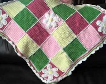 Customizable Daisy Baby Blanket