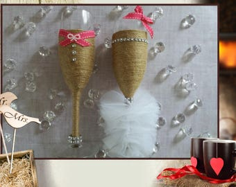 Mr & Ms - for the bride and groom champagne Flutes