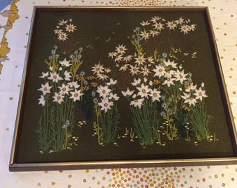 Vintage Crewel Embroidery Picture of Daisies 1970s Vintage Home Decor